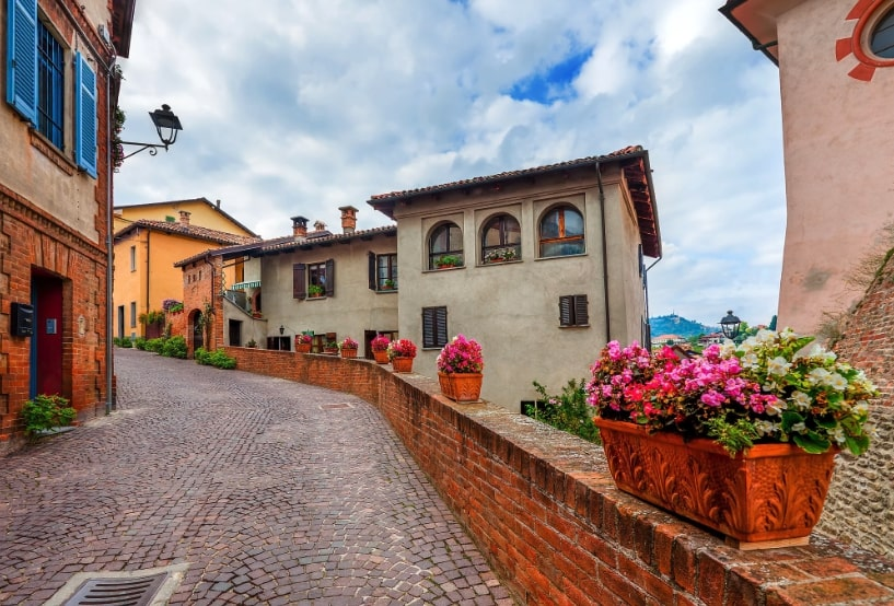 barolo castle street